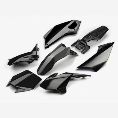 Kit plastiche complete YCF 2017 NERO (con convogliatori tipo lungo per modelli dal 2017)